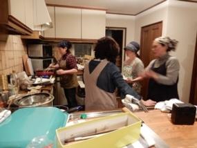今回の台所スタッフの皆さん